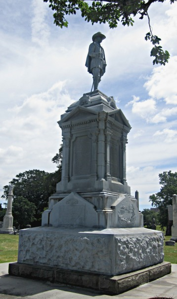 Newark NJ founders statue (Robert Treat)